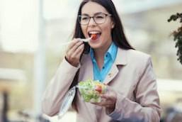 Comer bien fuera de casa